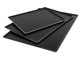 Plaques à pâtisserie et tapis de cuisson